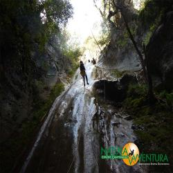 images/galleria_canyonig/canyoning_forra_del_casco_03.jpg