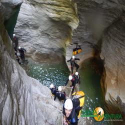images/galleria_canyonig/canyoning_forra_di_prodo_06.jpg